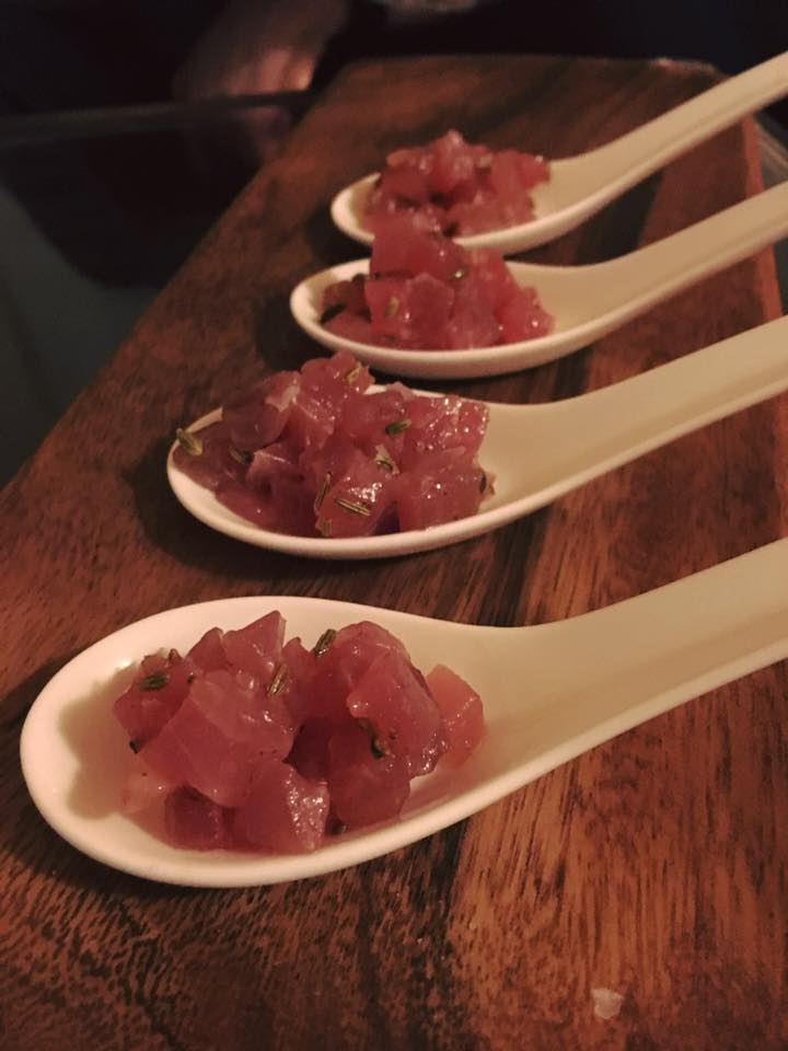 Tuna tartare with fennel seeds