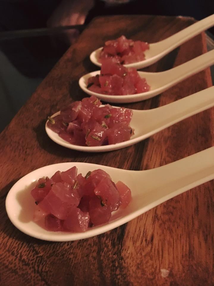 Tuna tartare with fennel seeds